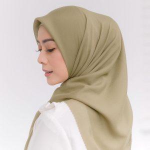 bisnis jilbab artis